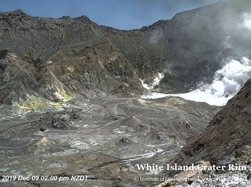 Erupção de vulcão na neozelandesa Ilha Branca.
