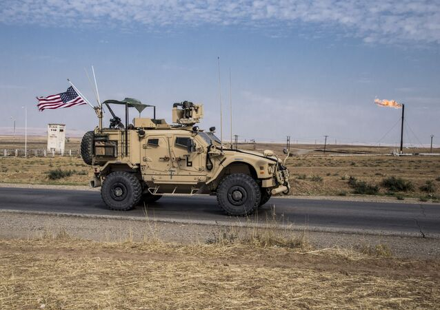 Forças dos EUA patrulham campos de petróleo sírios, 28 de outubro de 2019