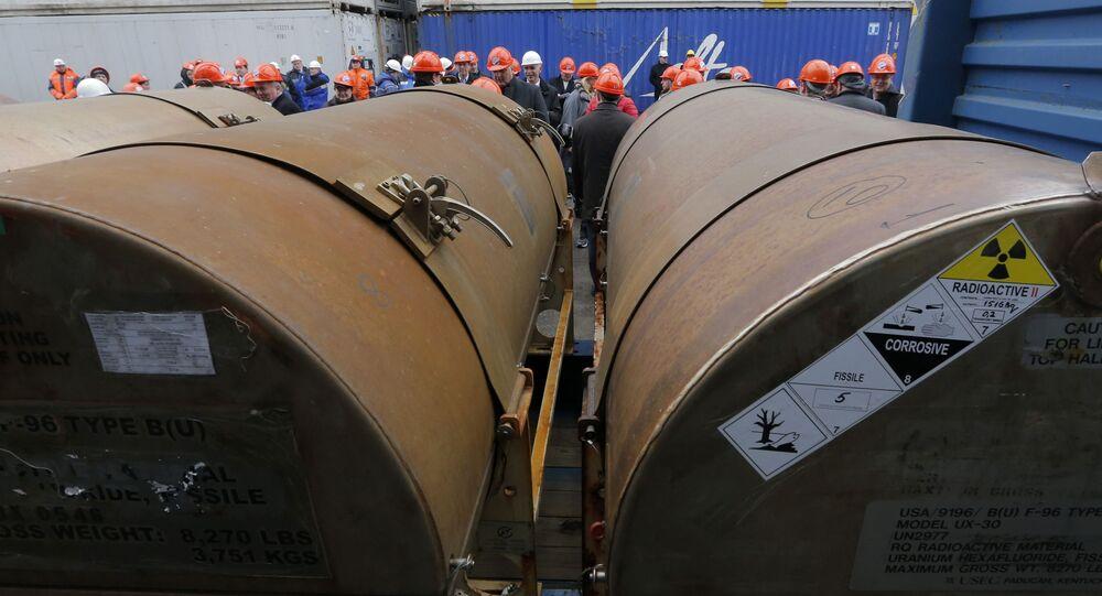 Urânio retirado de armas nucleares russas segue em direção aos EUA para ser utilizado como fonte de energia elétrica, em parceria chamada Megatons por Megawatts, em 2013