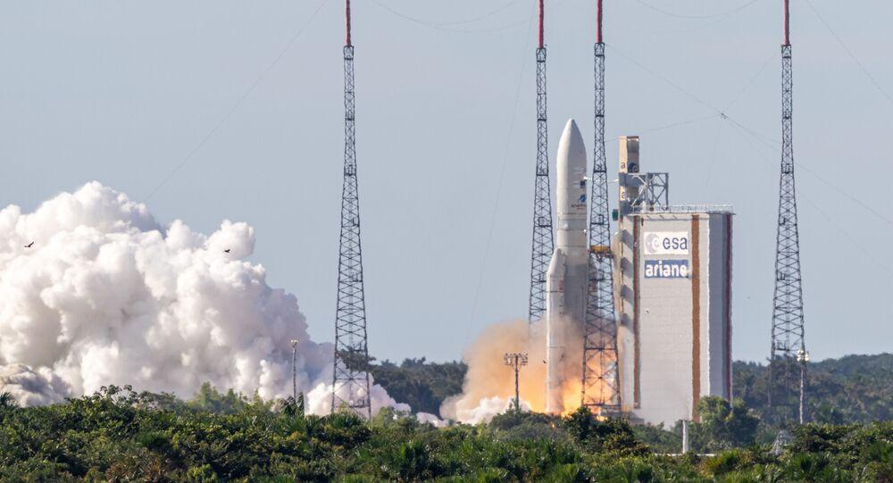 Lançamento de foguete Ariane 5 com satélites de comunição na base de Kourou, na Guiana Francesa, em agosto de 2019