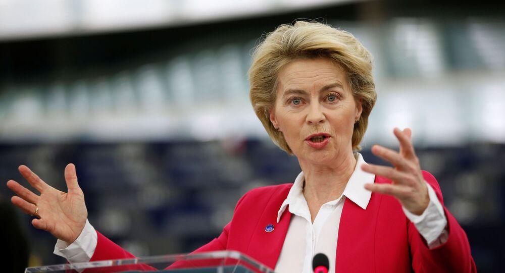 Presidente da Comissão Europeia, Ursula von der Leyen, fala ao Parlamento Europeu na França