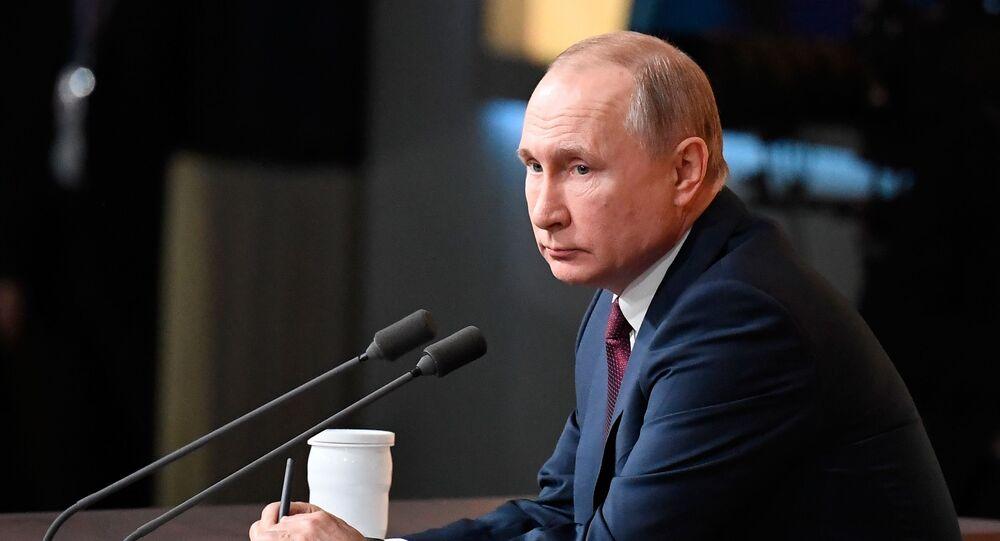 Presidente da Rússia, Vladimir Putin, durante grande coletiva de imprensa, 19 de dezembro de 2019