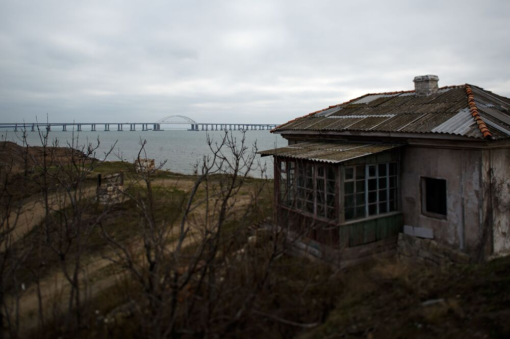Ponte da Crimeia que liga o continente à península da Crimeia