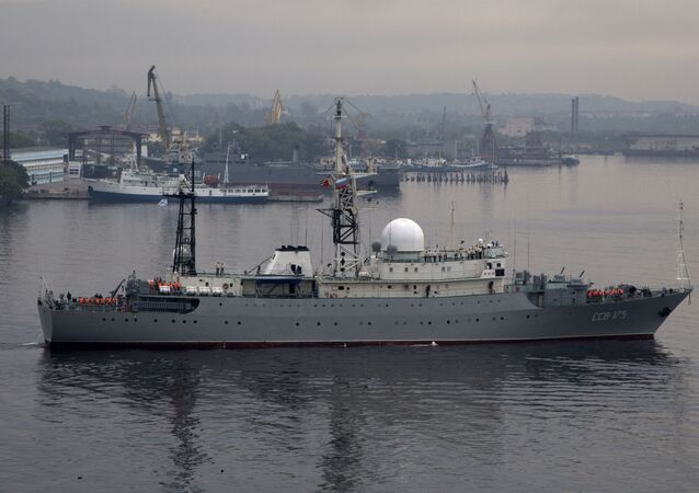 Navio de inteligência militar russo SSV-175 Viktor Leonov da classe Vishnya  (foto de arquivo)