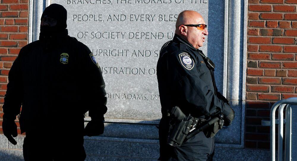 Agentes de polícia de Boston, Massachusetts, EUA (arquivo)