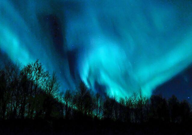 Aurora polar na região de Murmansk, Rússia
