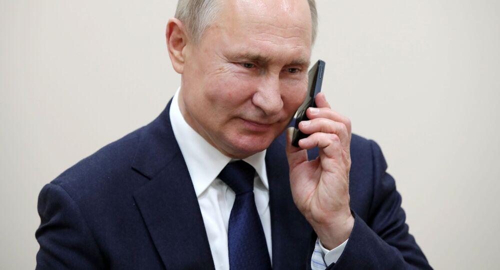 Putin ao telefone, em 23 de dezembro de 2019