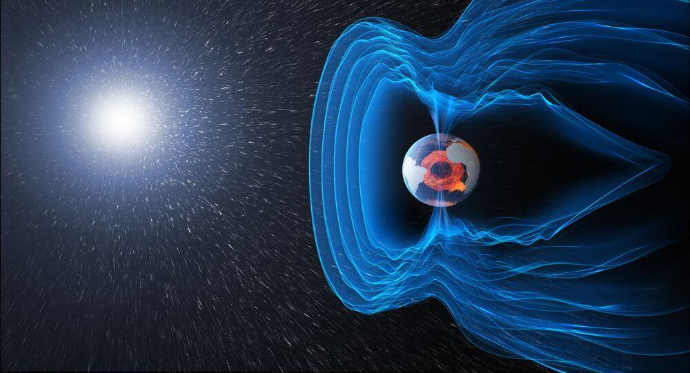 O campo magnético da Terra funciona como um escudo, protegendo o planeta da radiação cósmica e das partículas carregadas que correm na nossa direção com ventos solares