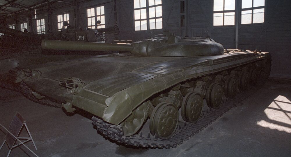 Tanque de mísseis chamado objeto 775, produzido na União Soviética, em exposição em museu militar