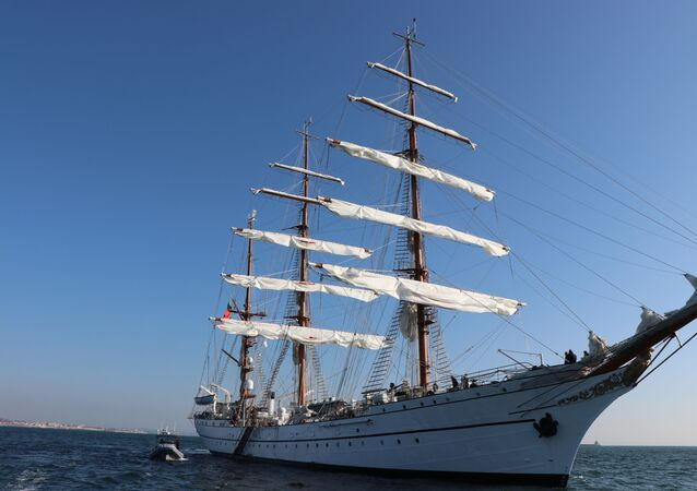500 anos depois e com parada no Rio, navio português refaz volta ao mundo de Fernão de Magalhães