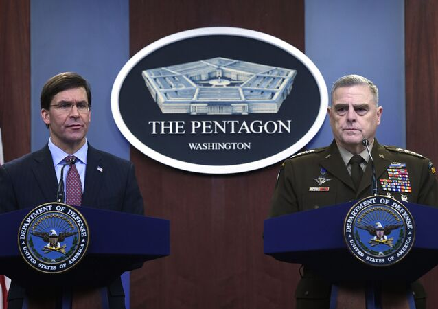 Secretário de Defesa dos Estados Unidos, Mark Esper, e general Mark Milley