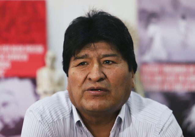 Ex-presidente boliviano Evo Morales durante visita à comunidade boliviana em Buenos Aires, Argentina, 6 de janeiro de 2020