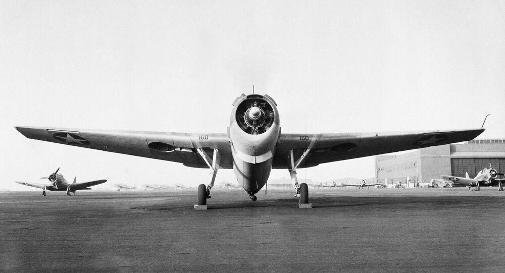 Avião-torpedeiro americano TBF Avenger construído por Grumman