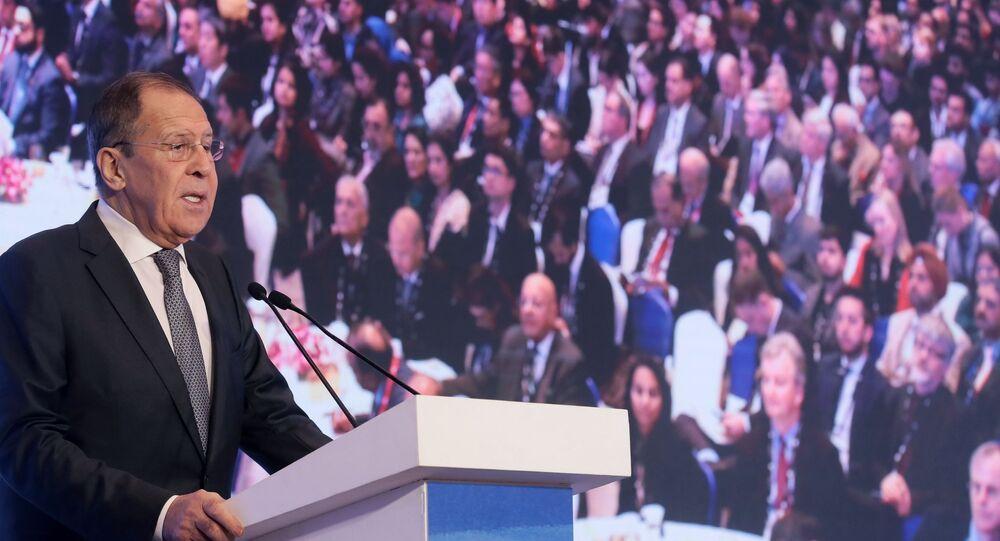 Ministro das Relações Exteriores da Rússia, Sergei Lavrov, em discurso no Diálogo de Raisina, em Nova Déli, em 15 de janeiro de 2020