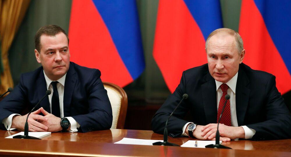 Encontro oficial entre o presidente da Rússia, Vladimir Putin, e o primeiro-ministro, Dmitry Medvedev, 15 de janeiro de 2020