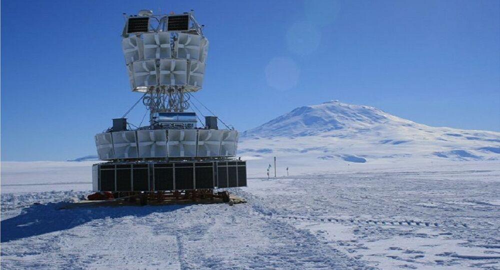 Antena Antártica de Impulso Transitivo (ANITA)