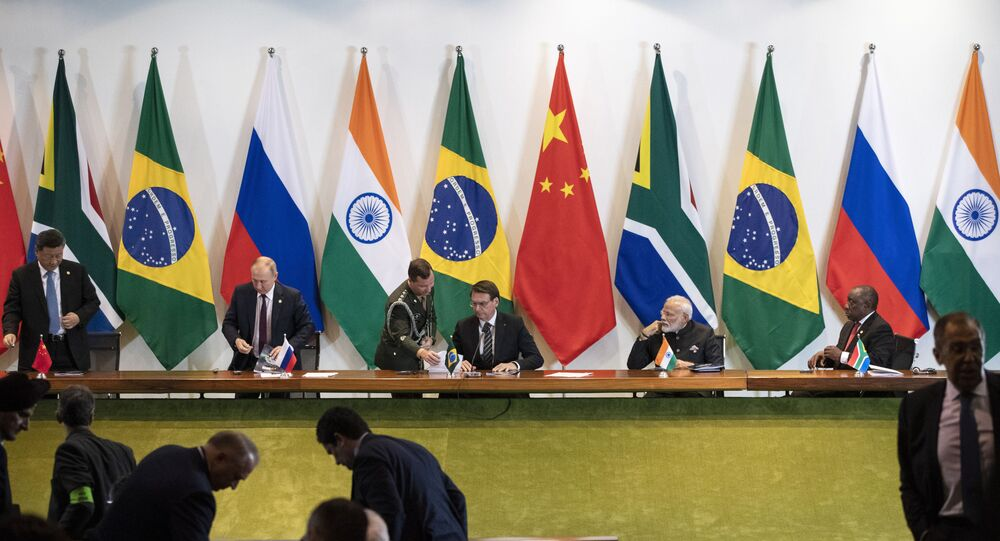 Líderes dos países-membros do BRICS no encontro oficial do bloco em Brasília, Brasil, 14 de novembro de 2019