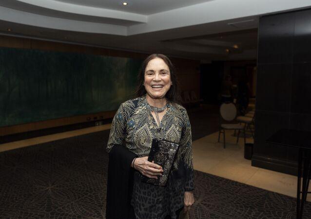 Atriz Regina Duarte durante sessão para convidados do espetáculo Mãos Limpas, no Teatro Renaissance, em São Paulo (arquivo)