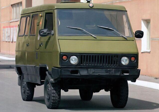 UAZ-3972
