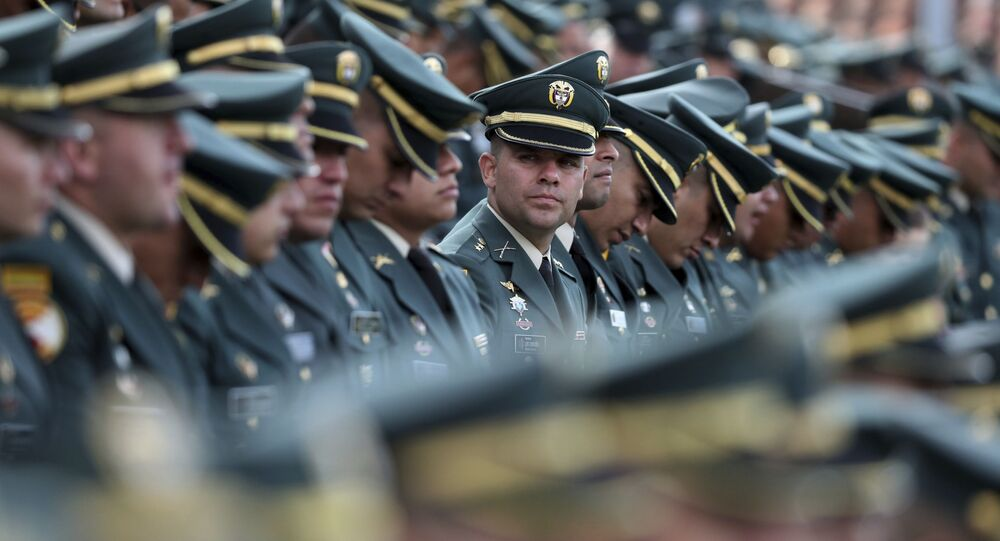 Militares colombianos durante cerimônia de posse do ex-ministro da Defesa, Calros Holmes Trujillo, em 16 de novembro de 2019