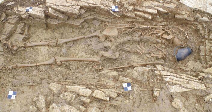 Túmulos de escravos do domínio romano são encontrados no Rino Unido