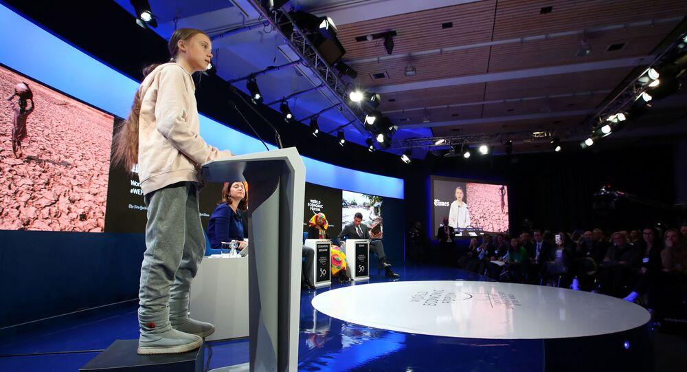 A ativista sueca de mudança climática Greta Thunberg fala durante uma sessão na 50ª reunião anual do Fórum Econômico Mundial (WEF) em Davos, Suíça, em 21 de janeiro de 2020.