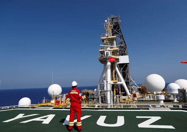 Navio de perfuração turco Yavuz no Mediterrâneo Oriental, ao largo do Chipre (foto de arquivo)