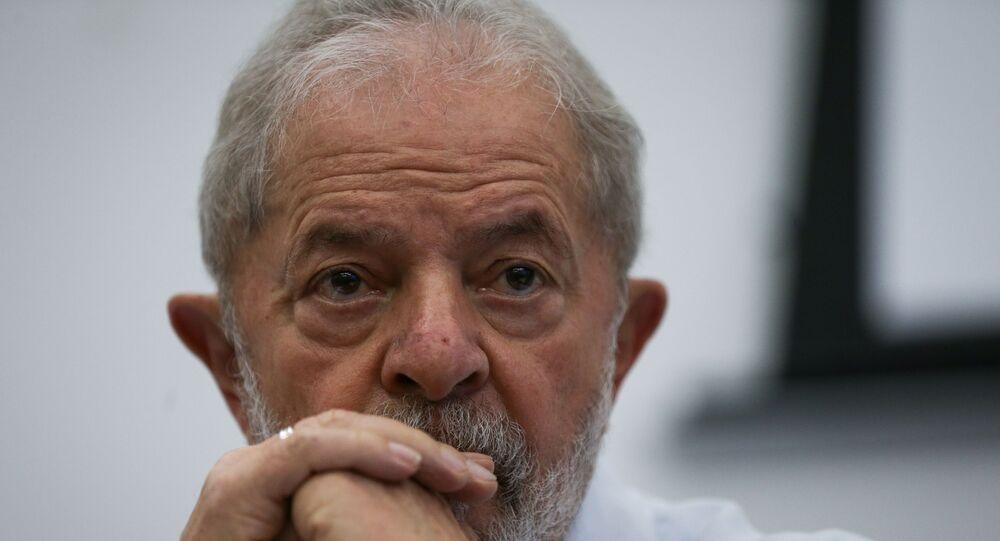Reunião do diretório nacional do PT, com a presença de Lula e Dilma