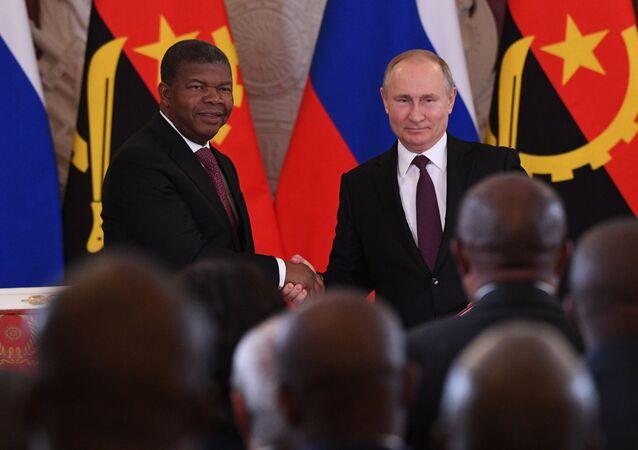 Presidente da Rússia, Vladimir Putin, recebe o seu homólogo angolano, João Lourenço, em abril de 2019