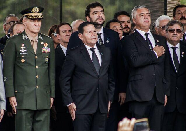 Vice-presidente Hamilton Mourão participa de inauguração de estátua de D. Pedro I em comemoração pelo aniversário da cidade de São Paulo