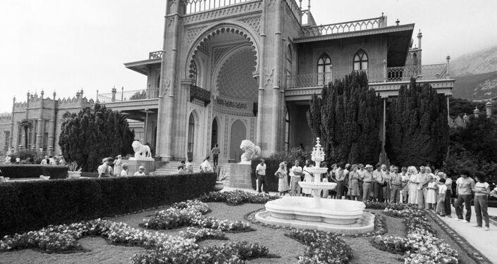 O Palácio Vorontsov em Alupka, onde a delegação do Reino Unido ficou hospedada em 1945