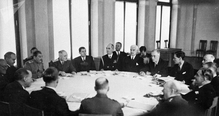 Conferência de Yalta em fevereiro de 1945