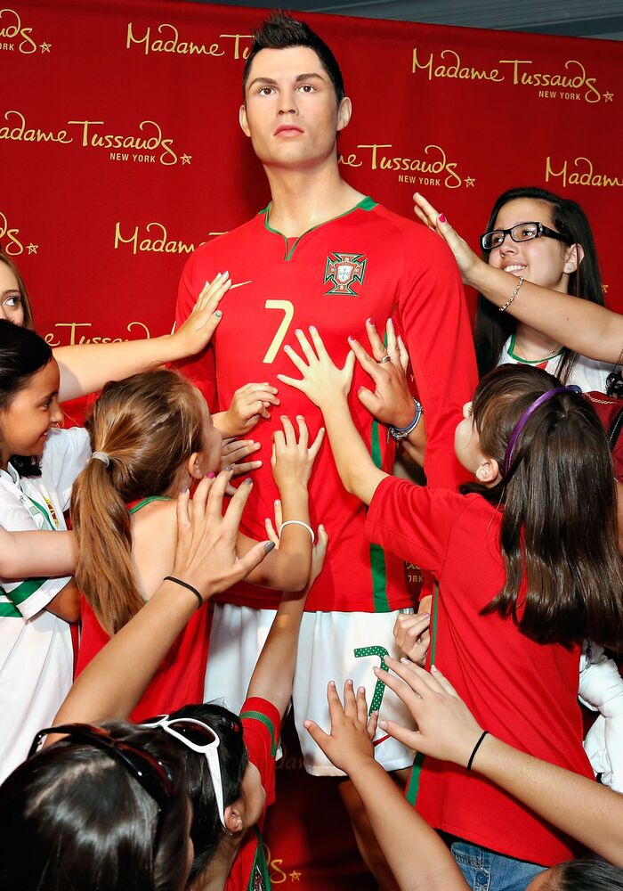 Estátua do jogador português Cristiano Ronaldo