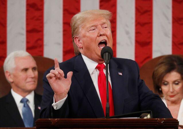 Presidente dos EUA, Donald Trump, durante seu discurso do estado da União, proferido na Câmara baixa do Congresso dos EUA, em 4 de fevereiro de 2020