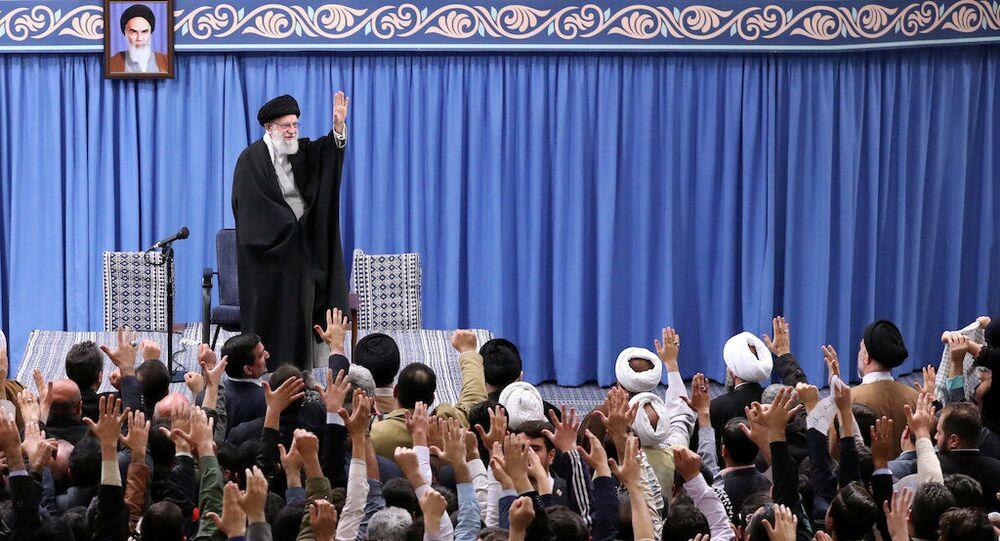 Supremo líder do Irã, Aiatolá Ali Khamenei, durante evento em Teerã, em 5 de fevereiro de 2020