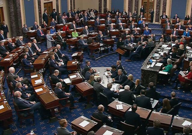 Senadores votam em julgamento de impeachment de Donald Trump