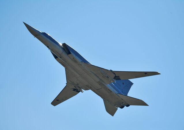 Bombardeiro estratégico russo Tu-160M3 (imagem de arquivo)