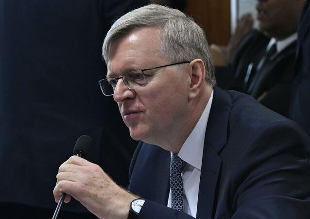 O embaixador do Brasil junto aos Estados Unidos da América, Nestor José Forster Junior, durante sessão no Senado Federal.