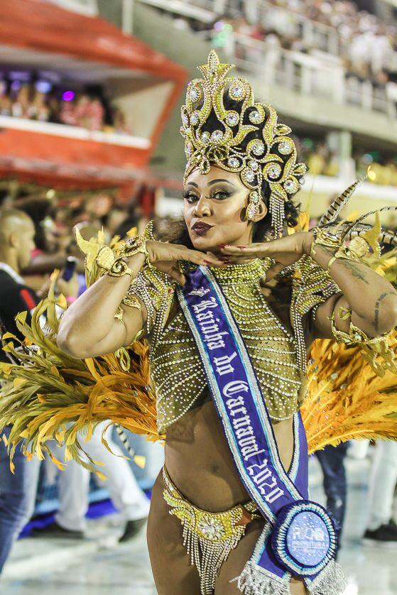 A Rainha do Carnaval 2020 do Rio de Janeiro durante 2ª noite de desfiles da Série A.