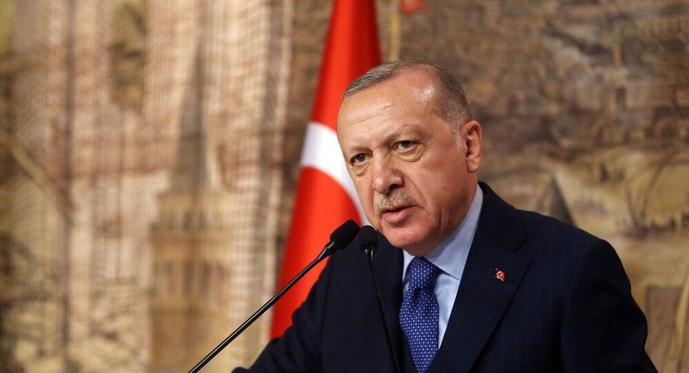 Presidente turco, Recep Tayyip Erdogan, durante reunião em Istanbul, em 29 de fevereiro de 2020