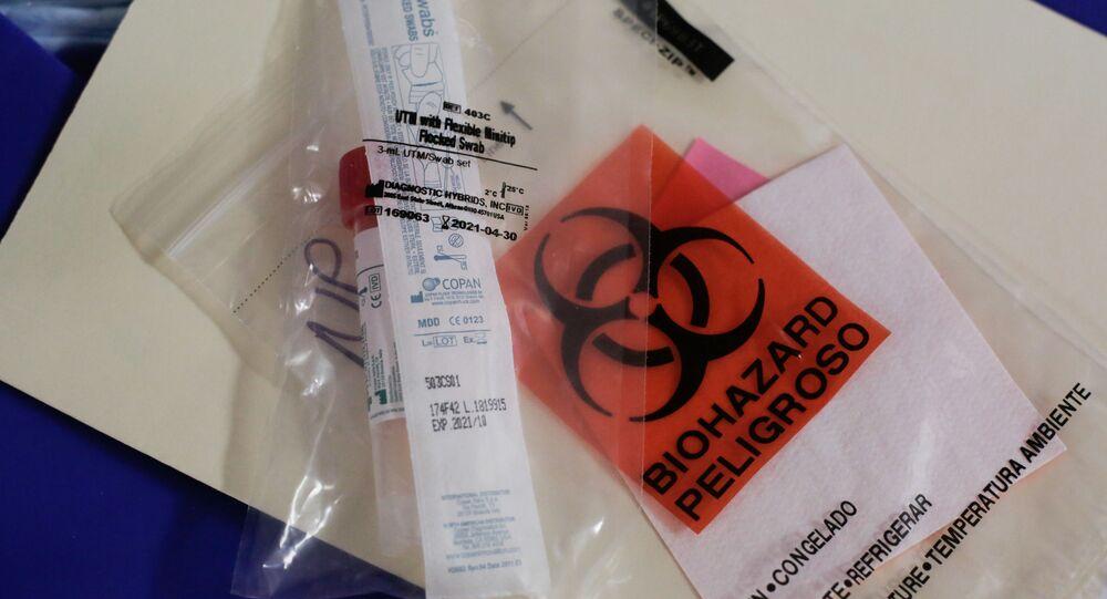 Kit para teste do novo coronavírus no Centro Médico de Harborview, em Washington, EUA, 29 de fevereiro de 2020
