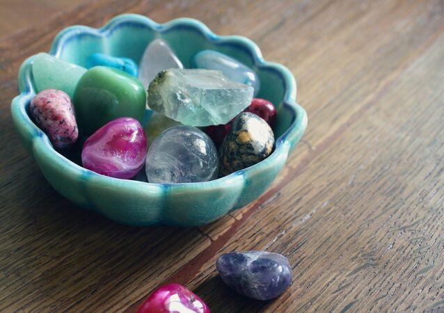 Pedras preciosas (imagem referencial)