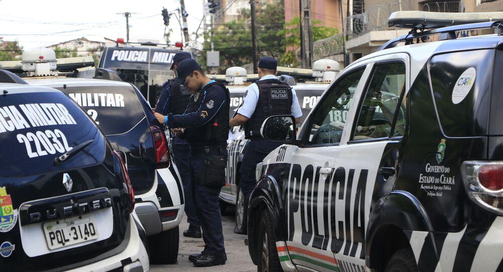 Policiais militares do Ceará voltam as atividades após o fim do motim