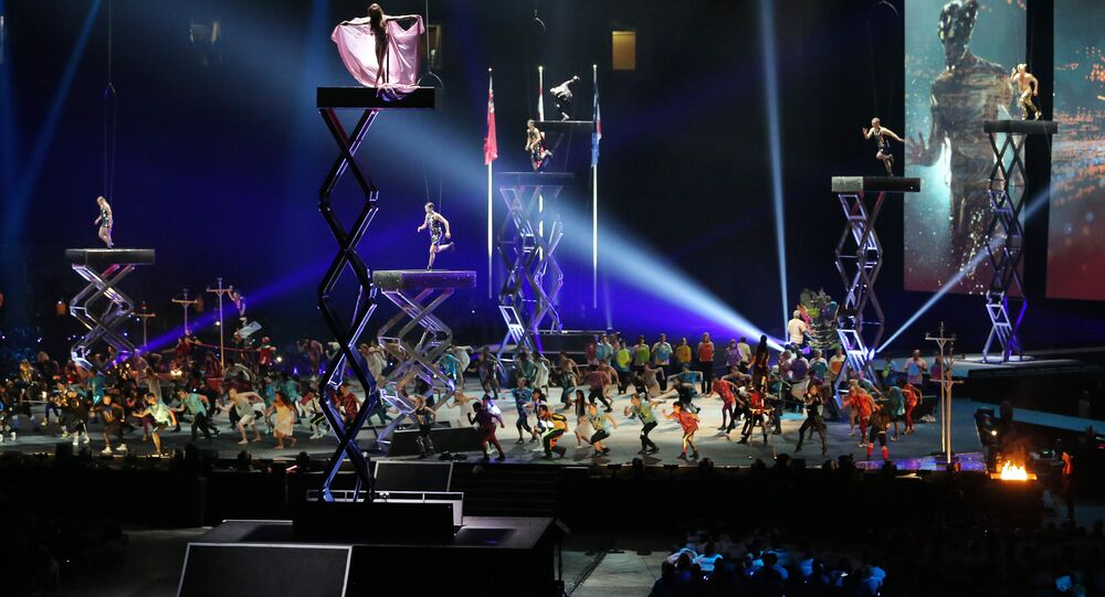 A apresentação do Cirque du Soleil mostrou a história do Canadá, destacando a sua diversidade étnica e cultural