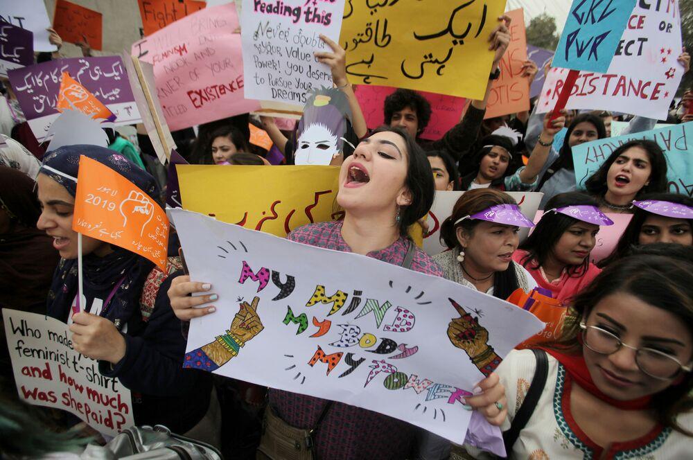 Mulheres em manifestação no Dia Internacional da Mulher no Paquistão, 8 de março de 2019
