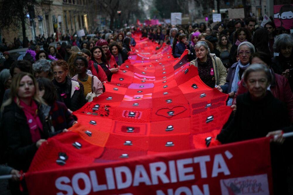 Manifestação dedicada ao Dia Internacional da Mulher em Roma, Itália, 8 de março de 2019