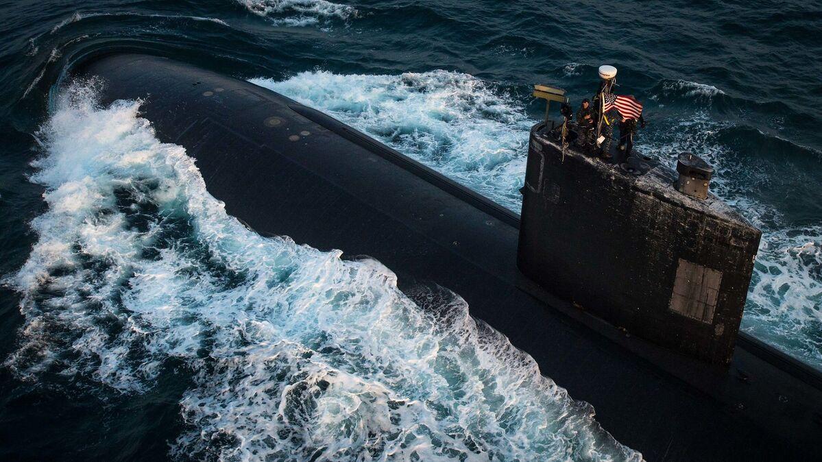 EUA dão ordem de zarpar a diversos submarinos no Pacífico como ...