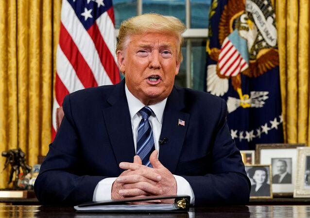 Presidente dos EUA, Donald Trump, durante pronunciamento à nação sobre o coronavírus, em Washington, em 11 de março de 2020