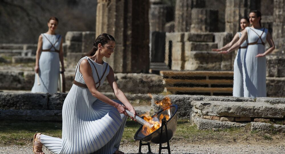 Cerimônia na Grécia do acendimento da tocha das Olimpíadas de Tóquio 2020
