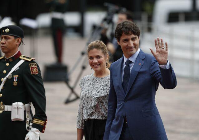 Justin Trudeau e sua esposa  Sophie Gregoire Trudeau durante viagem ao México.